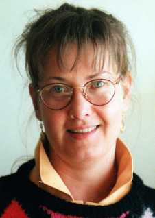 1998. Första vikariatet på Nerikes Allehanda. Fortfarande truls och runda glasögon.