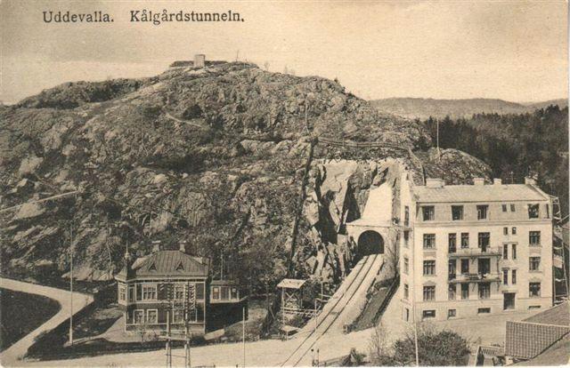 Järnvägstunnel genom Kålgårdsberget. Bilden lånad från Gunnar Klassons Uddevallabloggen.se