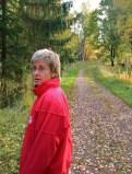 Olsson går längs Sörälgen