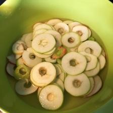 Äppelringar i bunke